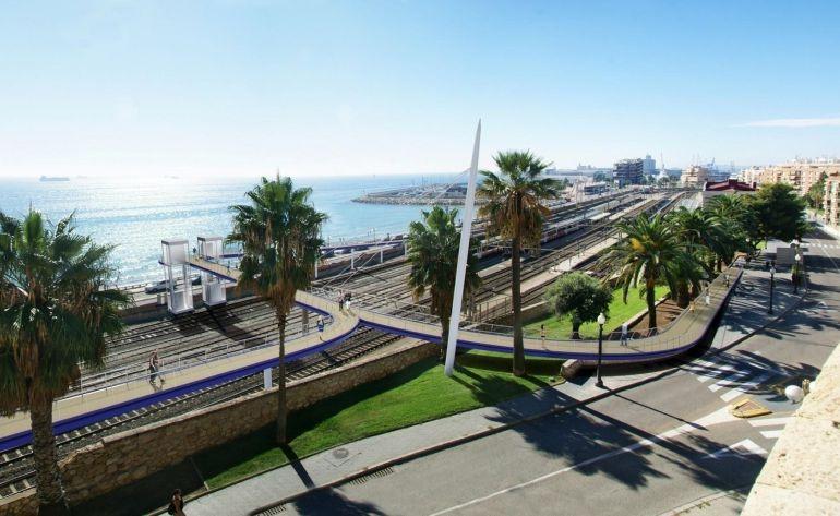 Imatge virtual de la futura passarel·la que unirà la Baixada de Toro amb el passeig Marítim (foto cedida per l'Autoritat Portuària)