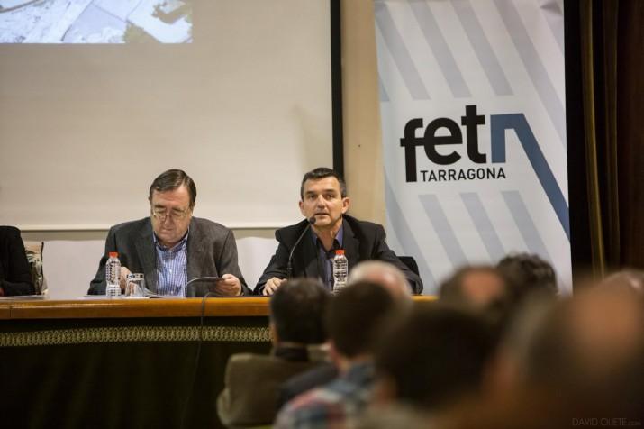 El president de la fundació, Joan Josep Marca i el director de la revista, Ricard Lahoz (foto: DAVID OLIETE)