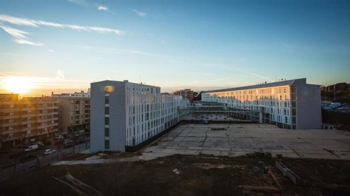 Perspectica general del campus Catalunya de la URV des del carrer Rovira i Virgili. Foto: DAVID OLIETE