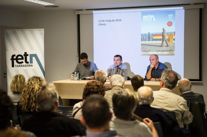 D'esuqerra a dreta: Jordi Suriñach, Ricard Lahoz i Jordi Piqué en l'acte de presentació del número 17 del FET a TARRAGONA. Foto: DAVID OLIETE