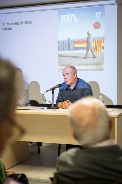 Jordi Piqué va explicar la proclamació de la República a Tarragona i la feina del govern municipal d'aquella època. Foto: DAVID OLIETE