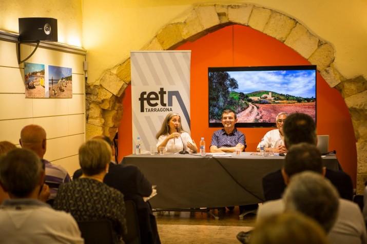 Durant l'acte es van projectar algunes de les moltes imatges de l'Anella Verda signades per López-Monné. Foto: DAVID OLIETE