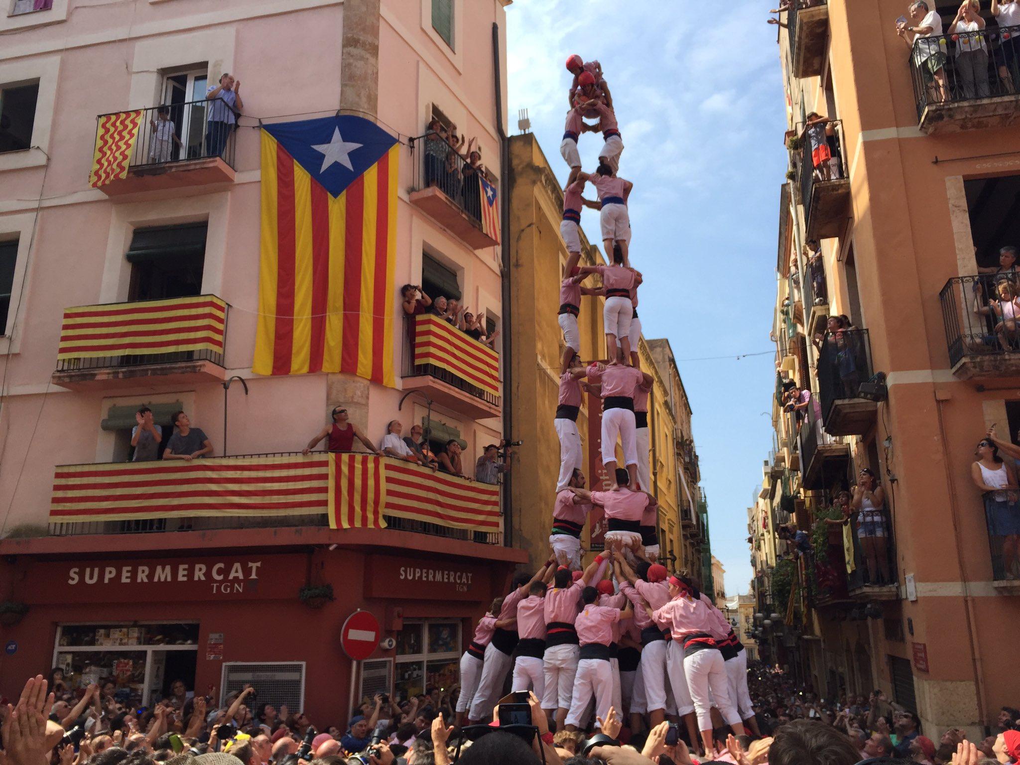 3 de 9 amb folre dels Xiquets de Tarragona. (Foto: Tarragona Cultura)