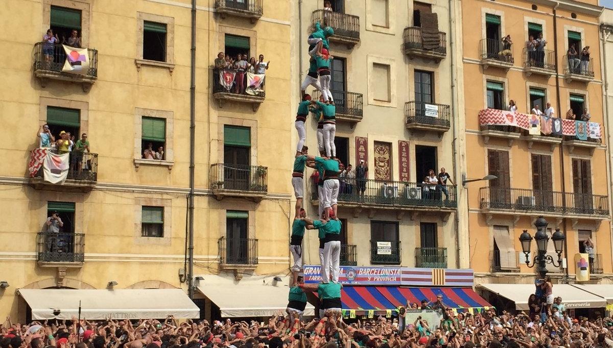 3 de 8 dels Castellers de Sant Pere i Sant Pau (Foto: Santa Tecla TGN)