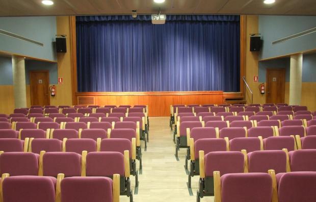 Sala Santa Llúcia, a Reus, que projecta pel·lícules independents. Foto: reusdigital.cat