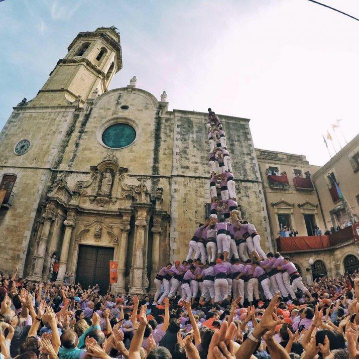 Tres de deu de la Colla Jove de Tarragona a la diada de Santa Teresa, al Vendrell.