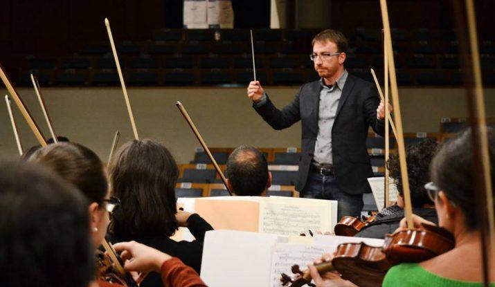 Xavier Pastrana, al concurs internacional de directors d'orquestra 'Nino Rota'. Les tres fotografies de l'article són de COTUGNO SERENA.