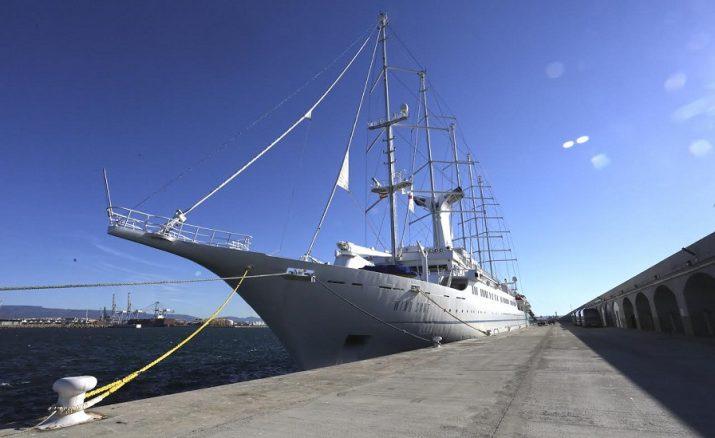 El creuer 'Wind surf' ha atracat al Port de Tarragona en diferents ocacions. Foto: APT
