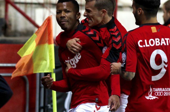 Uche va marcar un gol vital per seguir vius a la classificació. Foto: Nàstic